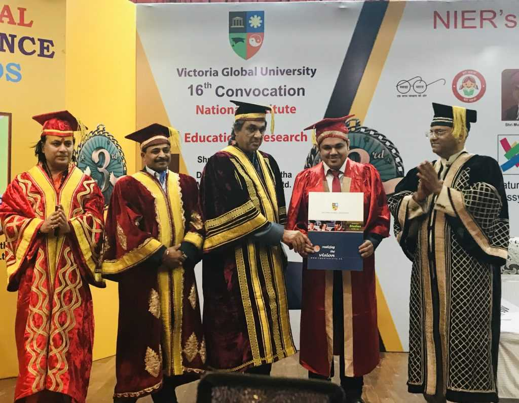 convocation-doctorate-digital-marketing-raj-padhiyar